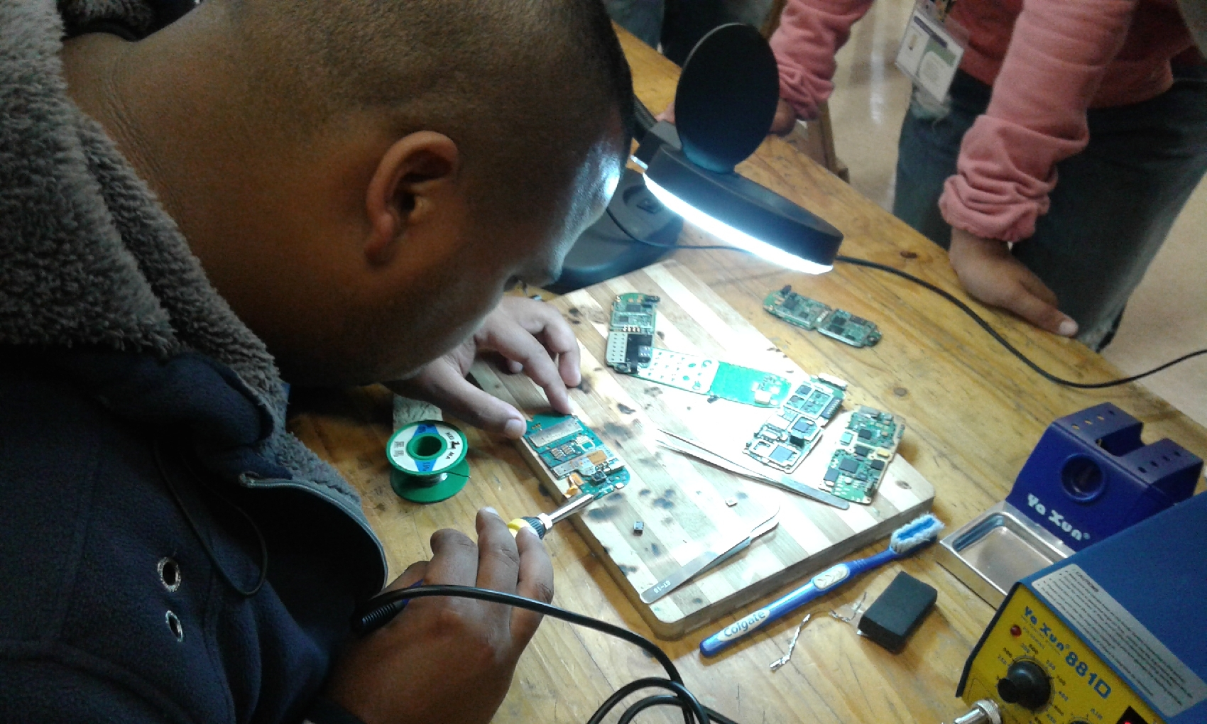 cellphone-repair-course
